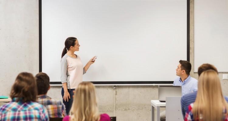 58505-por-que-usar-o-data-show-na-sala-de-aula-entenda